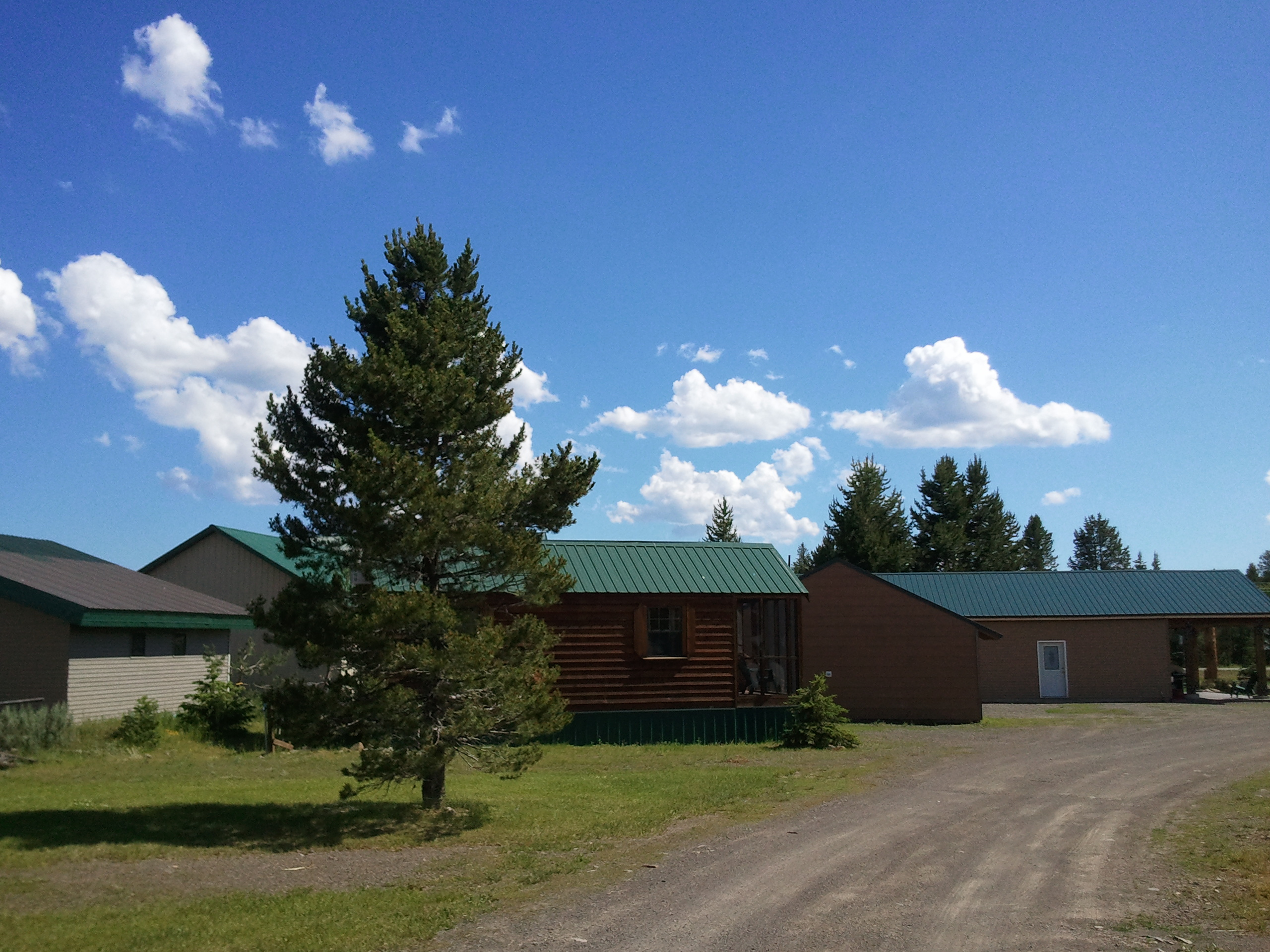 for lvroom more check in near cabins cabin below yellowstone this idaho rentals park sale island